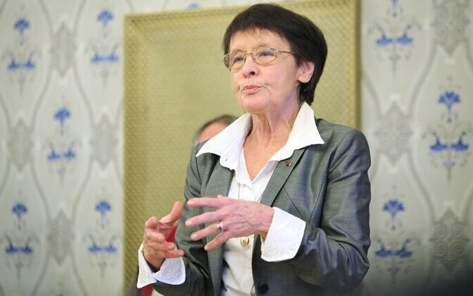 17ec3ff601c Tõlkija Piret Saluri Mika Waltari seltsi auliikmeks   Kirjandus   ERR