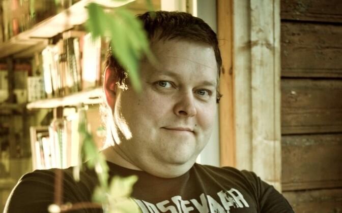 Rein Pakk on näitleja ja lavastaja.