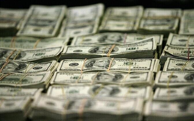 $2.9 billion was allegedly laundered through Estonian banks betwen 2012-2014.
