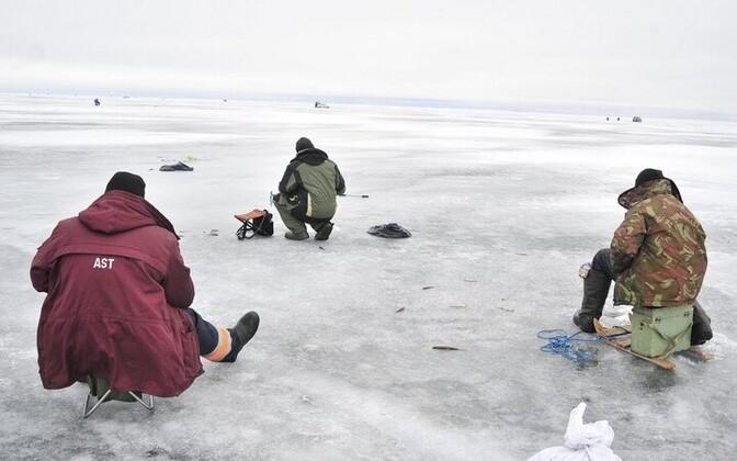 Ice fishers on Lake Peipus.