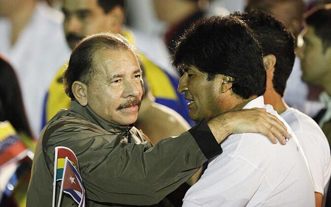 Nicaragua president Daniel Ortega (vasakul) ja Boliivia riigipea Evo Morales