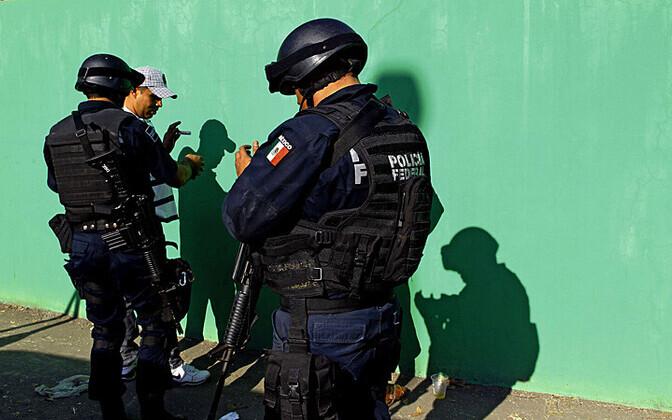 mehhiko föderaalpolitsenikud; pilt on illustratiivne