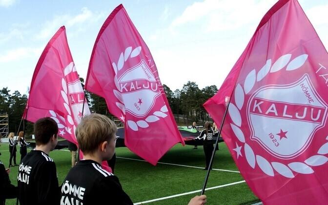 Nõmme Kalju lipud