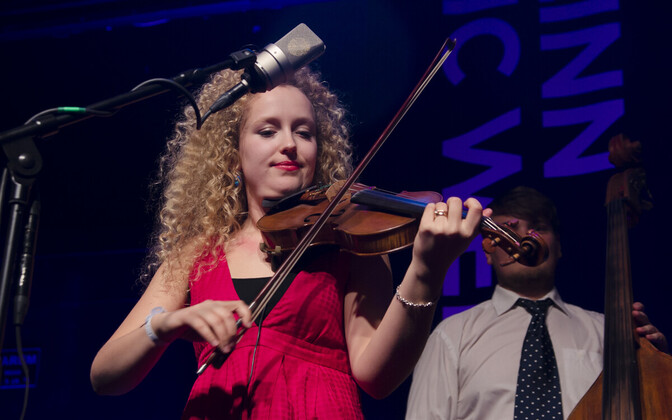 Curly Strings/Eeva Talsi