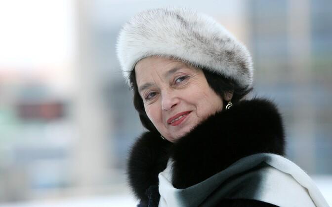 Елена Позняк-Кылар.