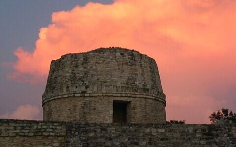 Koljude kontsentratsioon oli kõrgem Mayapani templi lähistel.