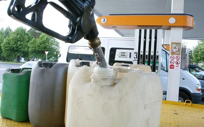 Tänasest tõuseb kütuse hind.