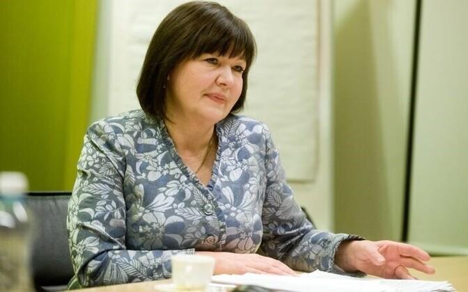Sotsiaalkomisjoni esimees Heljo Pikhof.