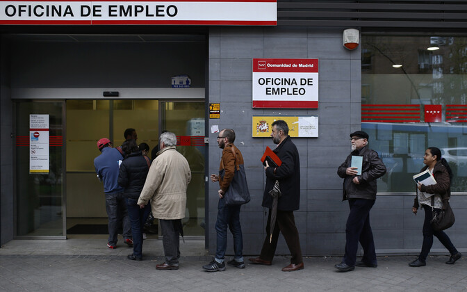 The unemployment rate in Spain was nearly three times higher than in Estonia, according to Eurostat data.