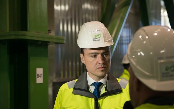 Taavi Rõivas visits Eesti Energia's plant.