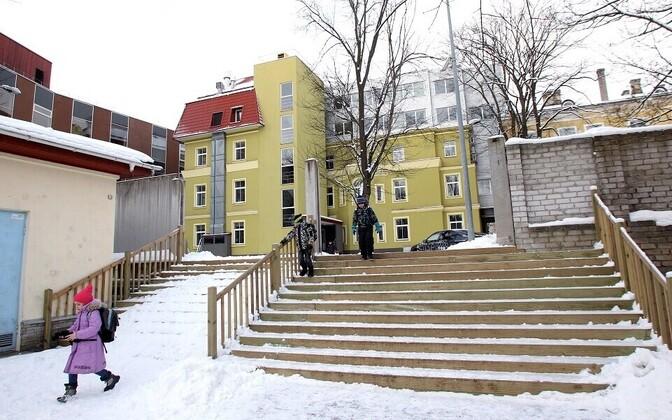 Tallinna reaalkooli juures tegutsev erapõhikool.