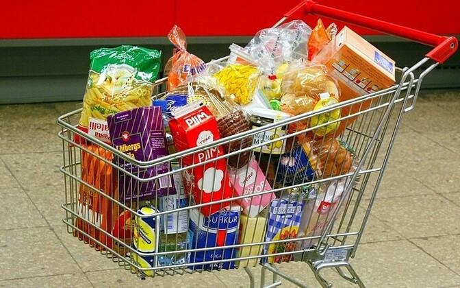 Парламент Эстонии организовал панику, велев собрать продукты на неделю! К чему нас готовят?