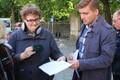 Piketile tulnuile jagasid noormehed sotsiaalministeeriumi kirjadega töövõimereformi kava.