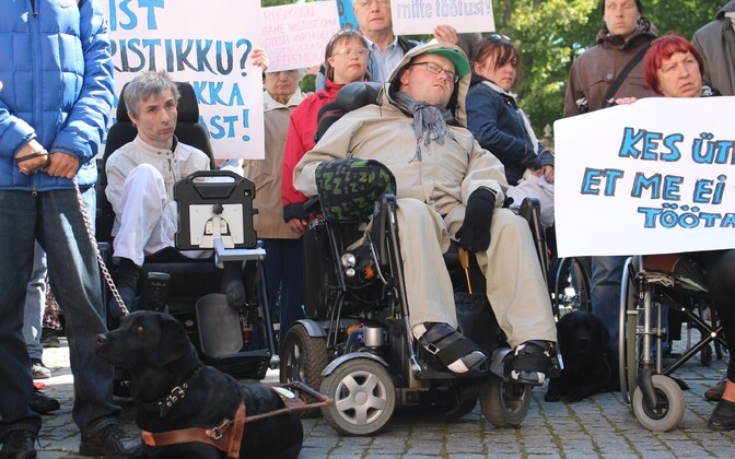 People protesting the work ability reform on Toompea Hill in Tallinn. 2014.