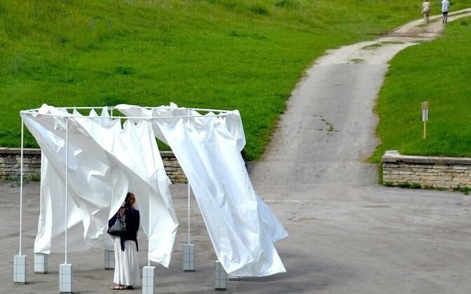 Kristin Reimani teos näitusel Kilomeeter Skulptuuri