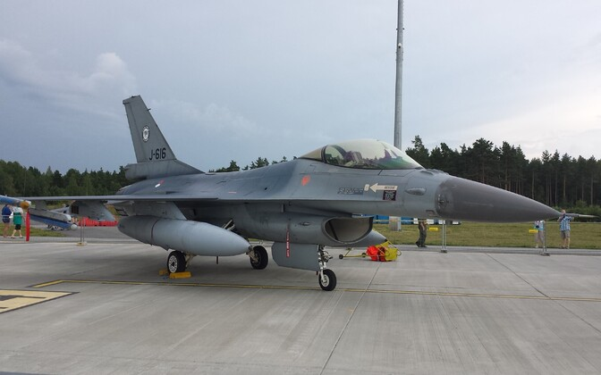 Dutch F-16 at Ämari air base.