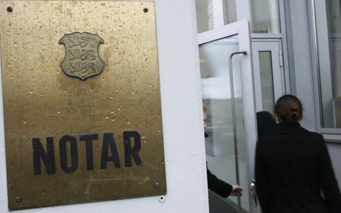 Notarite ja kohtutäiturite töötasud võivad muutuda avalikuks.