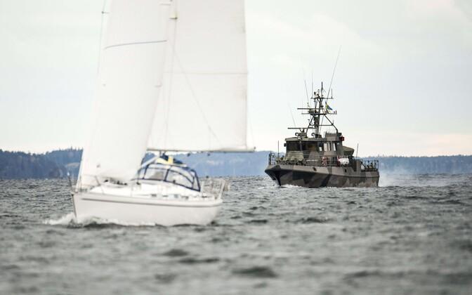 Rootsi mereväe kiirreageerimisüksus patrullimas.