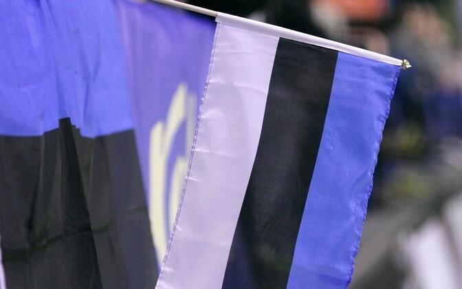 Эстонский флаг.