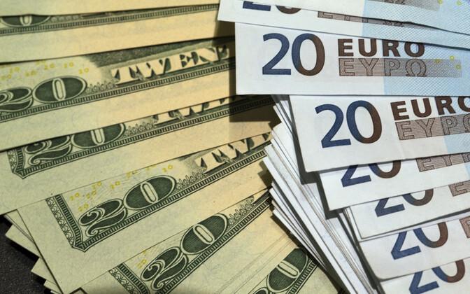 Dollarid ja eurod.