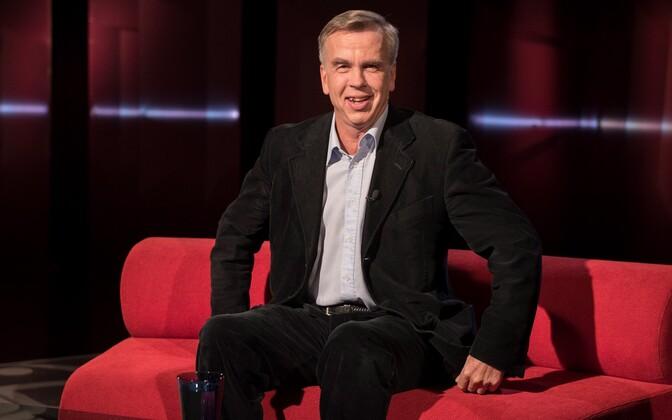 Ajakirjanik Kalle Muuli teatas, et astub poliitikasse ja kandideerib erakonna IRLi nimekirjas kevadel riigikokku.