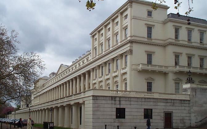 Londoni Kuningliku Seltsi hoone tänapäeval.