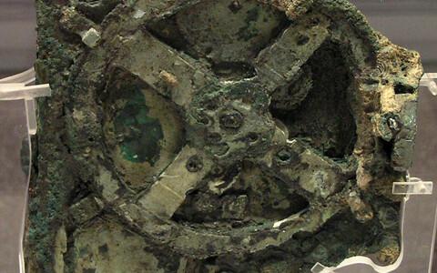 Antikythera mehhanismi suurim fragment.