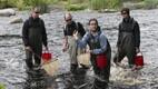 Roland Svirgsden, kalateadlane Martin Kesler, autor - saatejuht Sander Loite ja Mehis Rohtla, Pirita jõgi (2012)