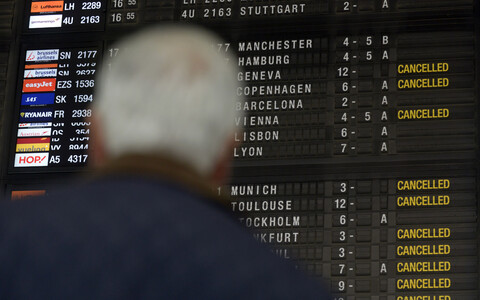 Flights into and out of Brussels Airport have been cancelled to do a strike.