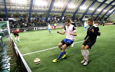 Aastalõputurniir saalijalgpallis Kalevi spordihallis