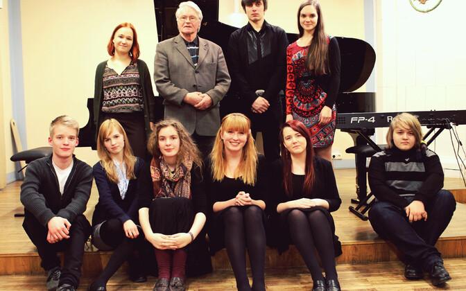 Tartu noorheliloojad Alo Põldmäe loomingu klassist Elleri koolist, kelle kontsert toimub 10. jaanuaril.