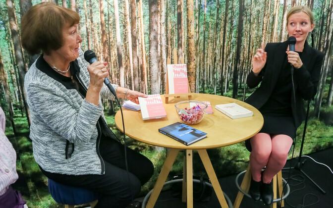 """Maimu Berg vestlemas Katrina Kaldaga romaanist """"Jumalate aritmeetika"""" Turu Raamatumessil"""