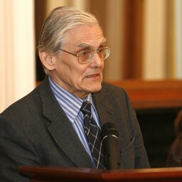 Akadeemik Jüri Engelbrecht.