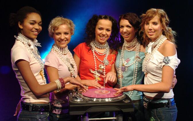 Ansambel Suntribe: Daana, Jaanika, Rebecca, Laura, Mari-Leen.