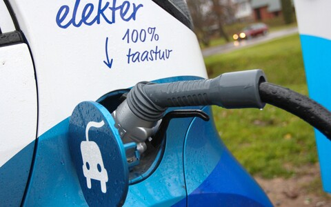 Beginning in 2021, Tartu will only offer free parking to fully electric vehicles.