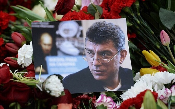 ВВашингтоне улицу перед посольством РФ назвали вчесть Немцова