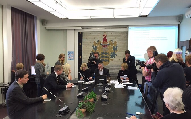 Tallinn electoral committee recounting the votes given to Viktoria Ladõnskaja and Sven Sester during March 1 general election