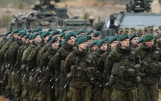 Leedu sõdurid 13. novembril 2014 Gaižiūnai õppekeskuses õppustel Iron Sword