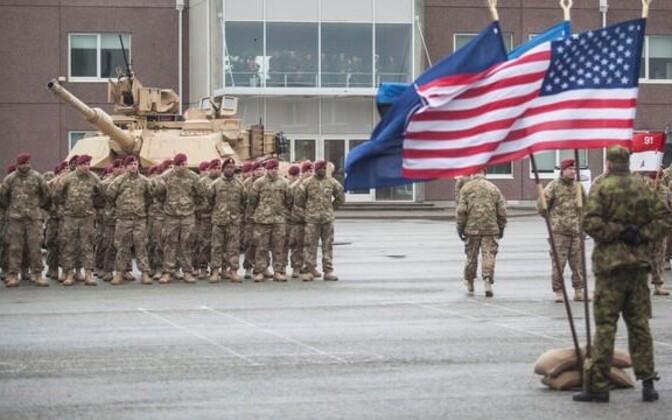U.S. tank unit in Tapa