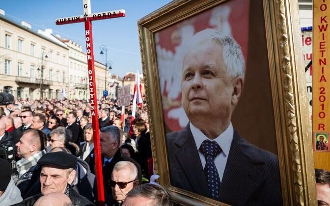 Smolenski lennukatastroofi mälestusrongkäik 2015. aastal.