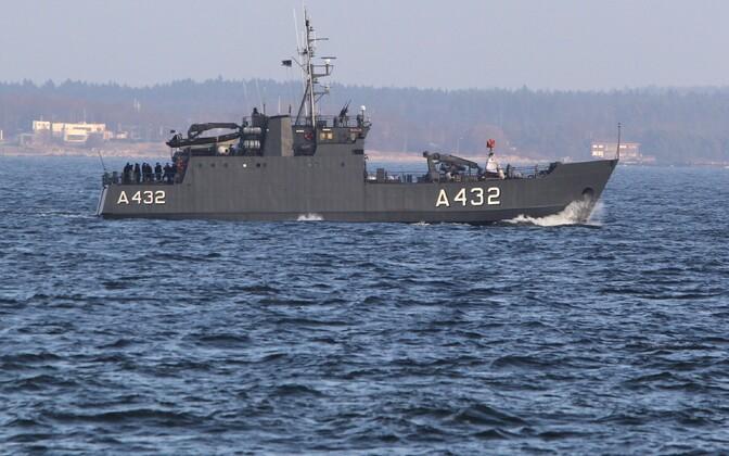 Lindormen-klassi Tuukri- ja toetuslaev Tasuja üks neljast Eesti mereväe sõjalaevast