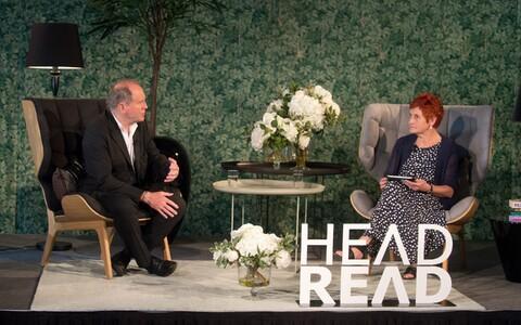 Inglise prosaist ja stsenarist William Boyd ning korraldaja Krista Kaer eelmise aasta HeadReadil.