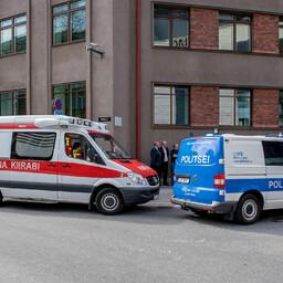 Kiirabi ja politsei.