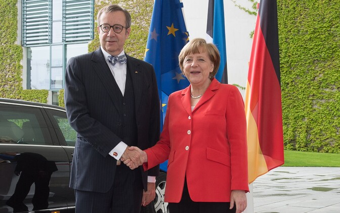 Estonian President Toomas Hendrik Ilves and German Chancellor Angela Merkel