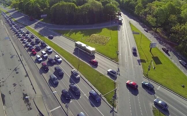 Движение и парковка в районе Певческого поля в Таллинне из-за парада в честь Победы в освободительной войне будут изменены.