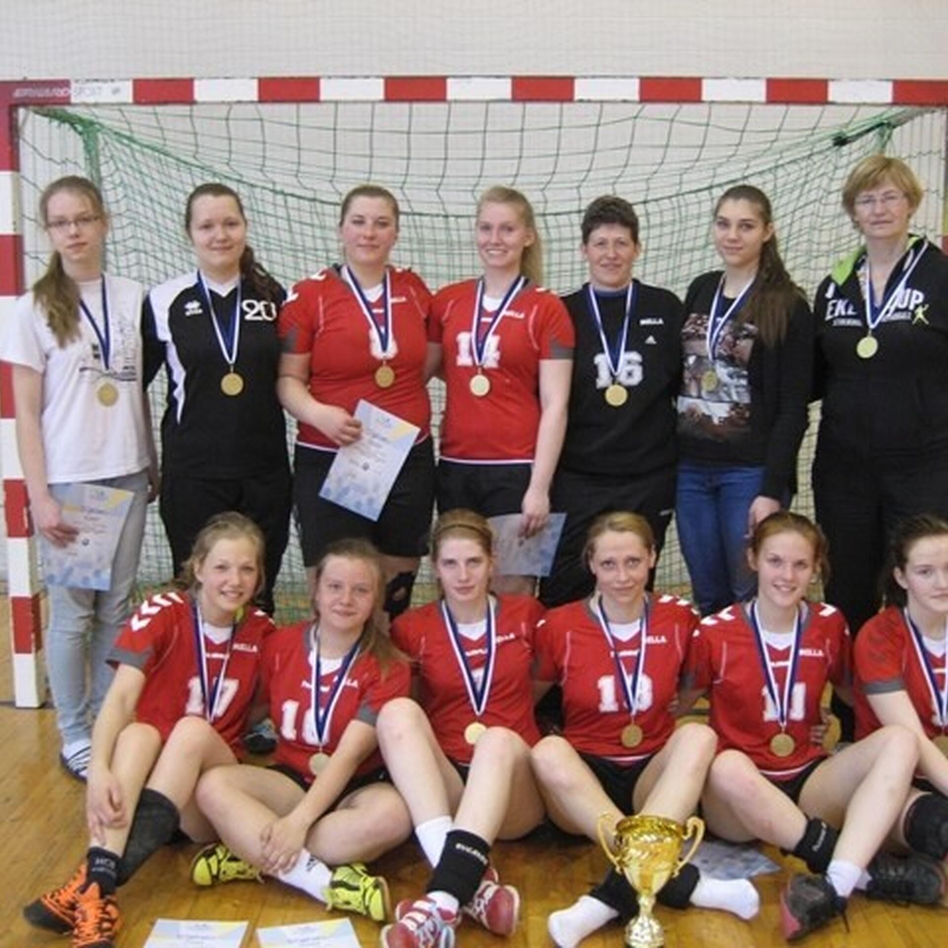 0932ca88319 Naiste käsipallikarikavõistlustel selgusid finalistid | Käsipall | ERR