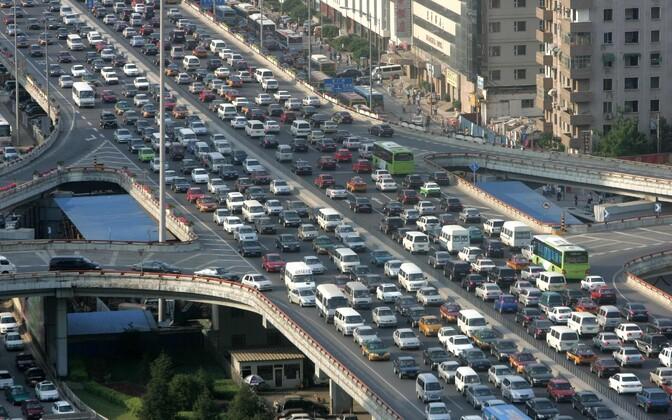 Liiklusummik maailma ühes kiiremini kasvavas linnas Pekingis.