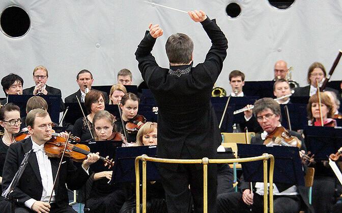 ERSO Suure-Jaani gümnaasiumi suures saalis eelmise aasta muusikafestivalil.