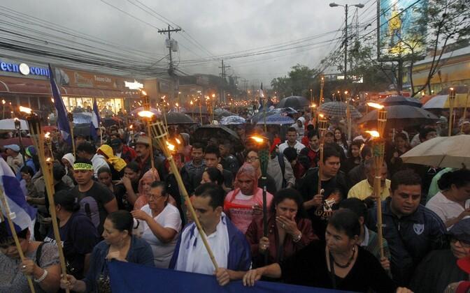 Meeleavaldus Hondurase pealinnas 12. juunil.