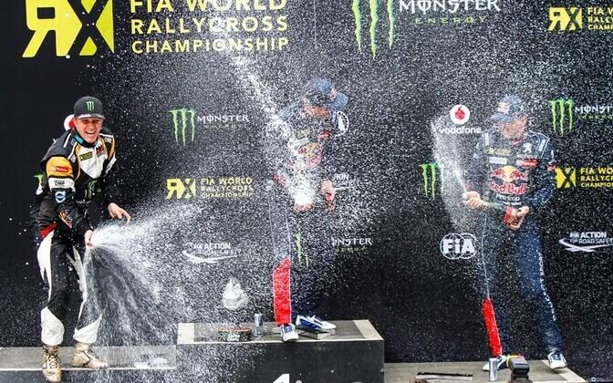 MM-etapi esikolmik: (vasakult) Petter Solberg, Davy Jeanney ja Timmy Hansen